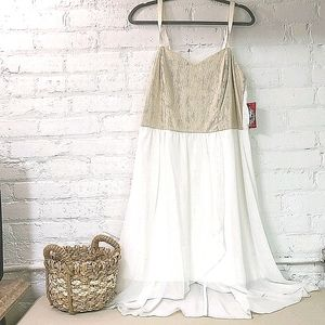 🌷💮 - NWT PROM/ WEDDING DRESS CHIFFON WITH GOLD …